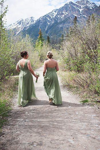 bridesmaids | Pyramid Lake wedding | Jarusha Brown Photography
