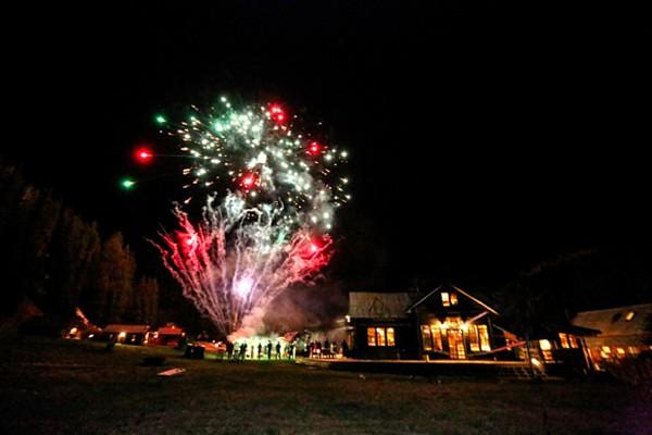 Wedding fireworks | Dunton Hot Springs Wedding |Laura Murray-0003