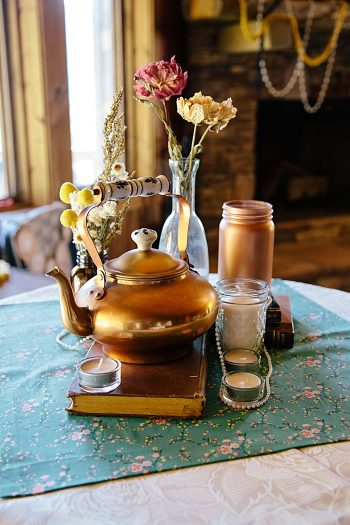 copper tea kettle centerpiece | Photography by Fox Owl Studio