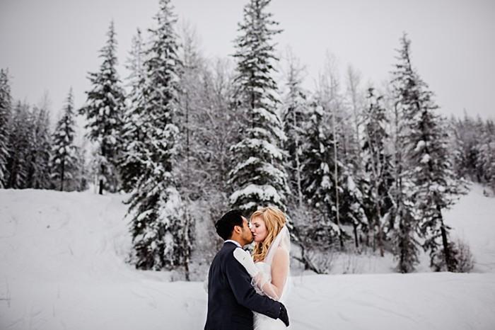 winter portraits | winter Revelstoke wedding | Christina Louise Photography