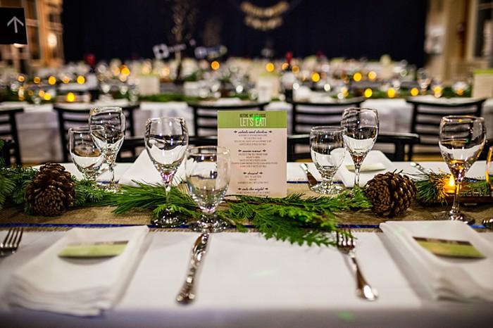 rustic winter tablescape | winter Revelstoke wedding | Christina Louise Photography