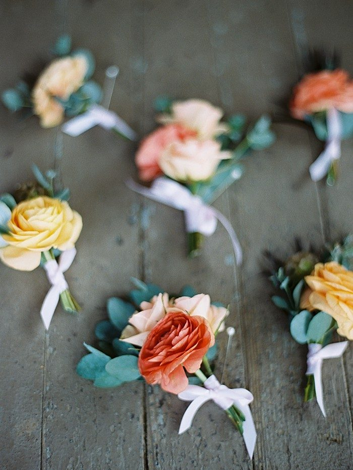 boutonnieres | Boulder Colorado Wedding | Laura Murray