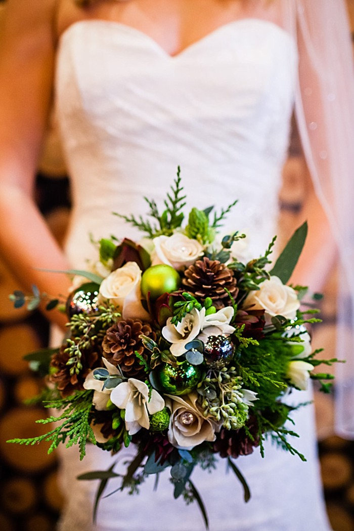 Pine Cone bouquet | winter Revelstoke wedding | Christina Louise Photography