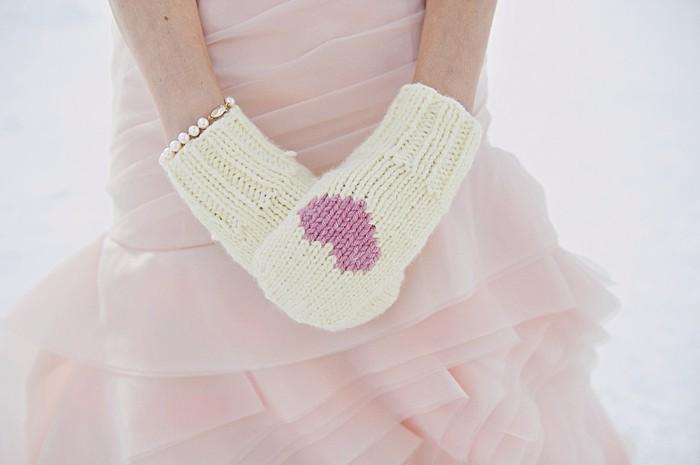 pink heart mittens | Lake Louise winter wedding | Orange Girl photography