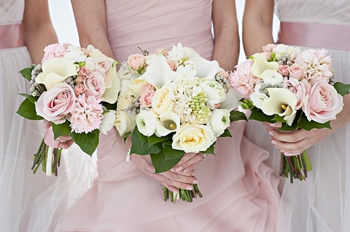 white wedding bouquets | Lake Louise winter wedding | Orange Girl photography