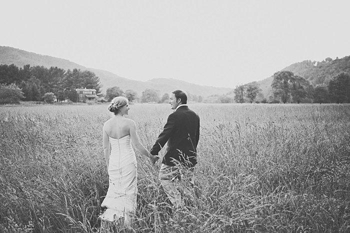 Mast Farm wedding | Revival Photography