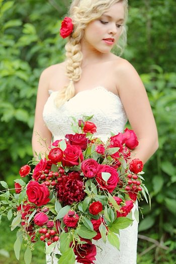 Romantic Red Wedding Inspiration | bouquet | Smoky Mountains | Julie Roberts Photographic Artist