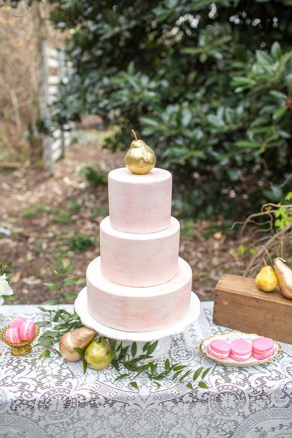 French Country Chic Wedding Cake | Hey Wedding Lady