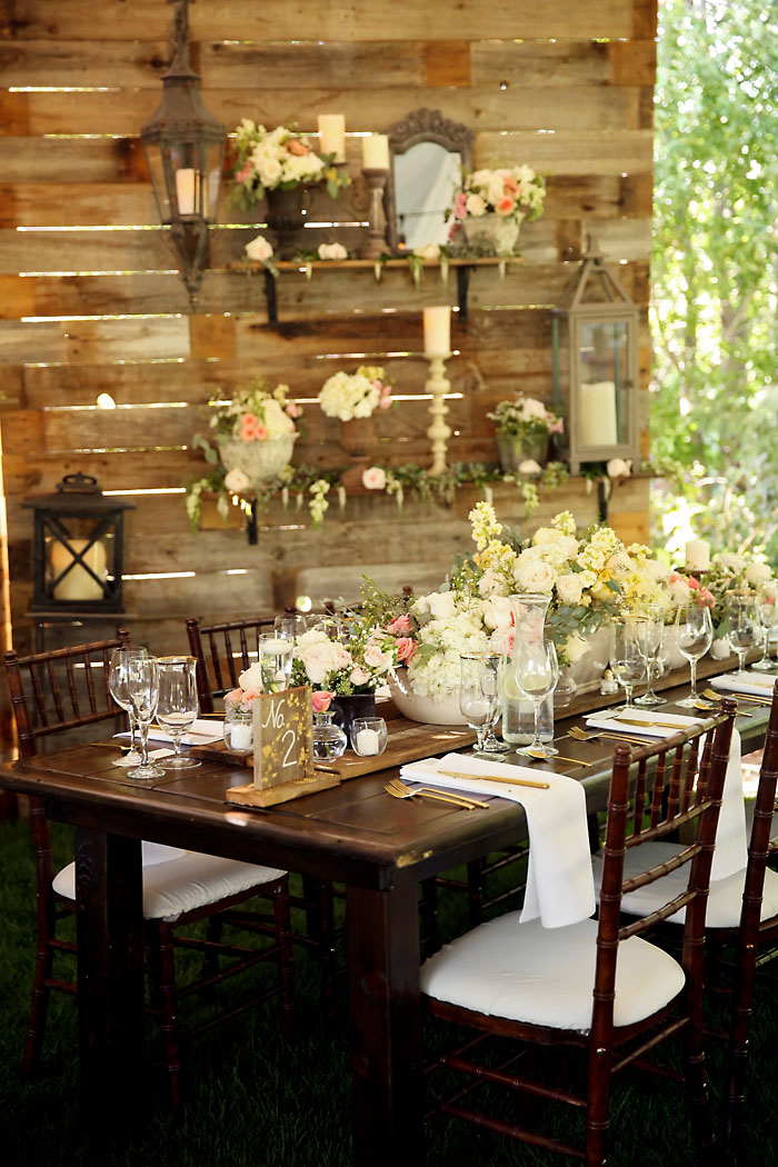 Rustic and Romantic Park City Wedding | tablescape | Pepper Nix Photography