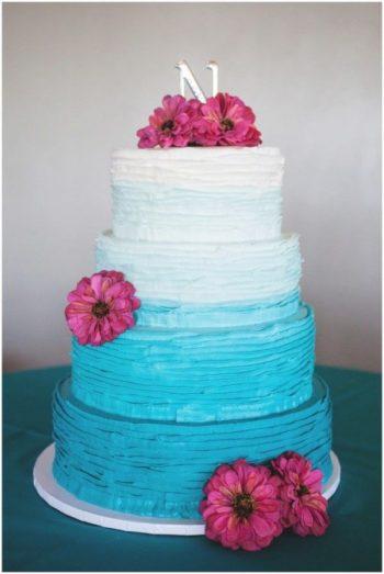 rustic blue and white ombre wedding cake | Via budget savvy bride