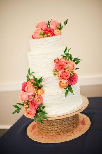 rustic pink and peach flower wedding cake | via storyboard wedding