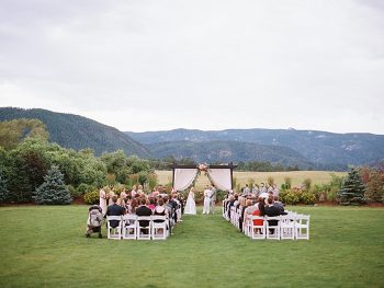 Colorful Colorado Wedding at Crooked Willow Farms | Brumley and Wells Photography