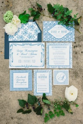 Navy wedding inspiration | via The Bride Link