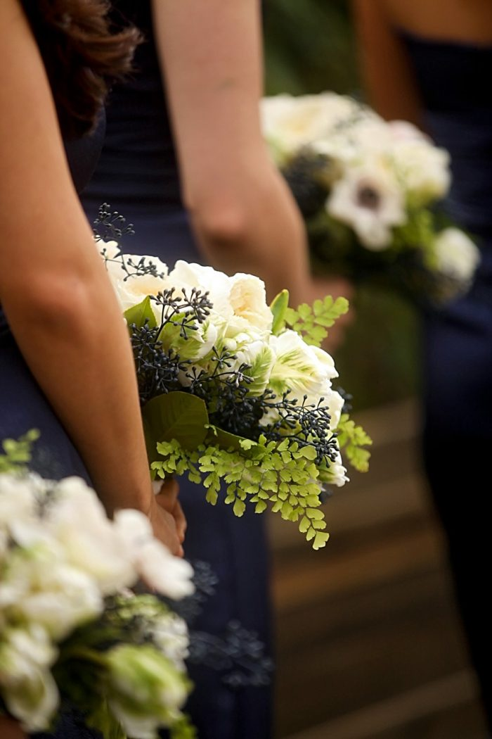 White and green bridesmaids bouquets | Park City Utah Wedding | Pepper Nix Photography