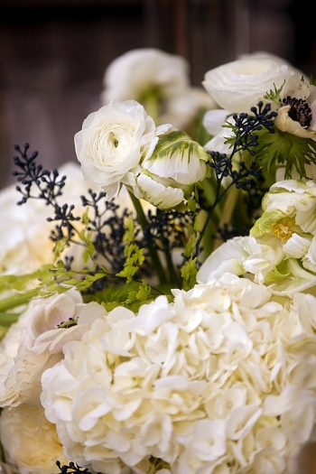 White wedding flowers | Park City Utah Wedding | Pepper Nix Photography
