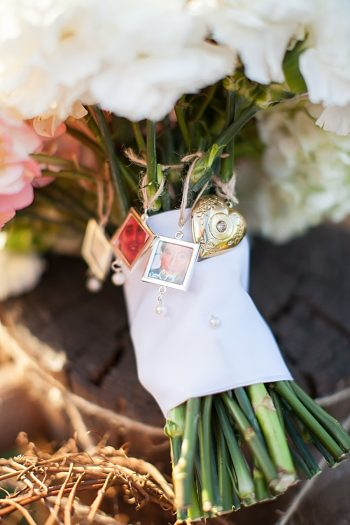Pink and White Wedding | Swimming in the Clouds Tennessee | Jen and Chris Creed Photography