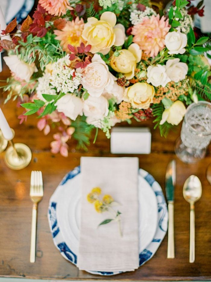 Fall Table Setting With Blue Setting | Spiked Cider Cocktail Inspiration