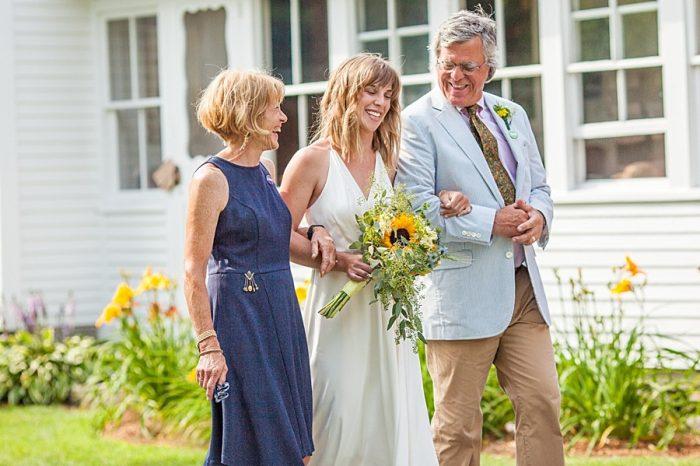 Ceremony | Vermont Mountain Wedding | Alexix June Photography | Via MountainsideBride.com 0035