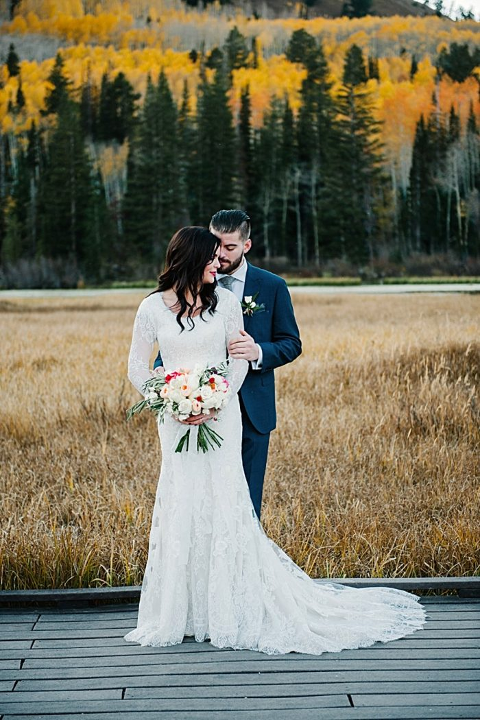 Gorgeous Fall Bridals In The Utah Mountains | Lori Romney Photography
