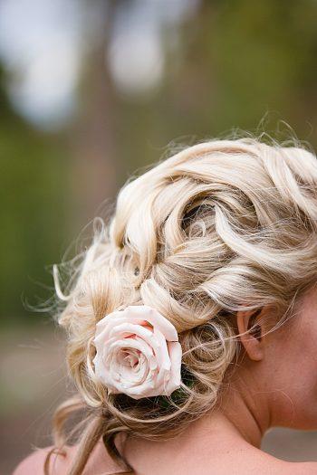Wedding hair | Watercolor Wedding Inspiration | Nordic Center Breckenridge Colorado | Sarah Roshan Wedding Photographer