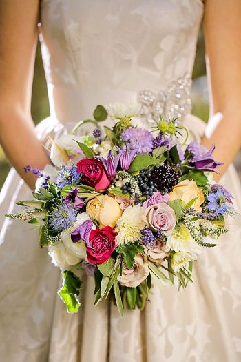 Bridal Bouquet Inspiration | Aspen Gold Utah Wedding Inspiration | Pepper Nix Photography | Via MountainsideBride.com