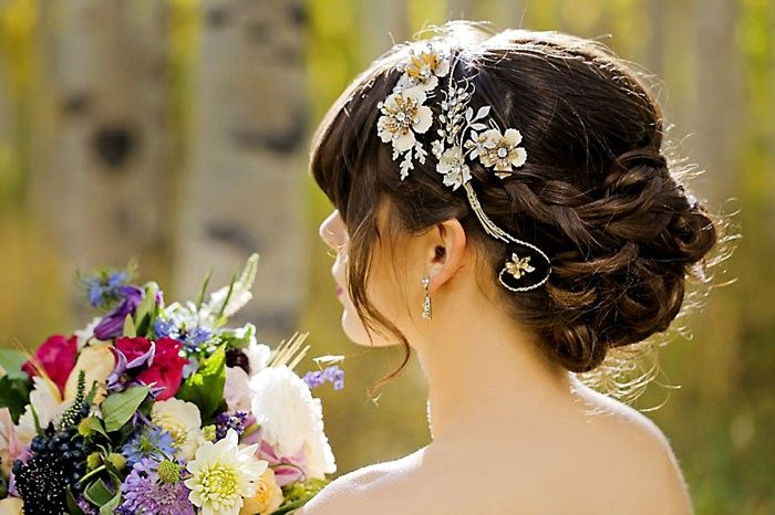 Bridal Hairpiece | Aspen Gold Utah Wedding Inspiration | Pepper Nix Photography | Via MountainsideBride.com