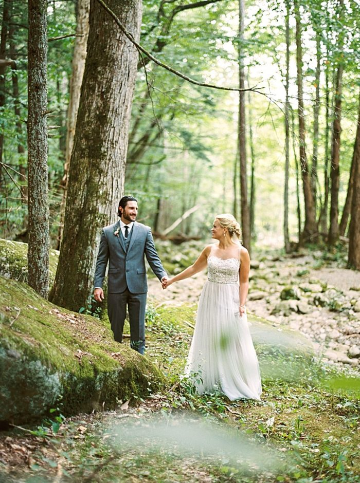 Spence Cabin Elopment | By Jo Photo | Via MountainsideBride.com