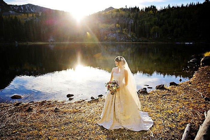 Bride On Lake Shore | Aspen Gold Utah Wedding Inspiration | Pepper Nix Photography | Via MountainsideBride.com