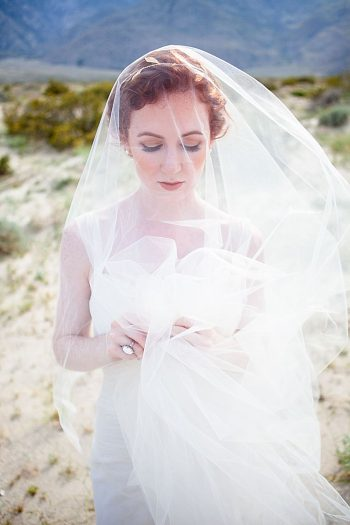Palm Springs Bohemian Wedding Inspiration | Pines Photography | via MountainsideBride.com