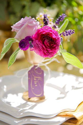 Floral Place Setting   Aspen Gold Utah Wedding Inspiration   Pepper Nix Photography   Via MountainsideBride.com
