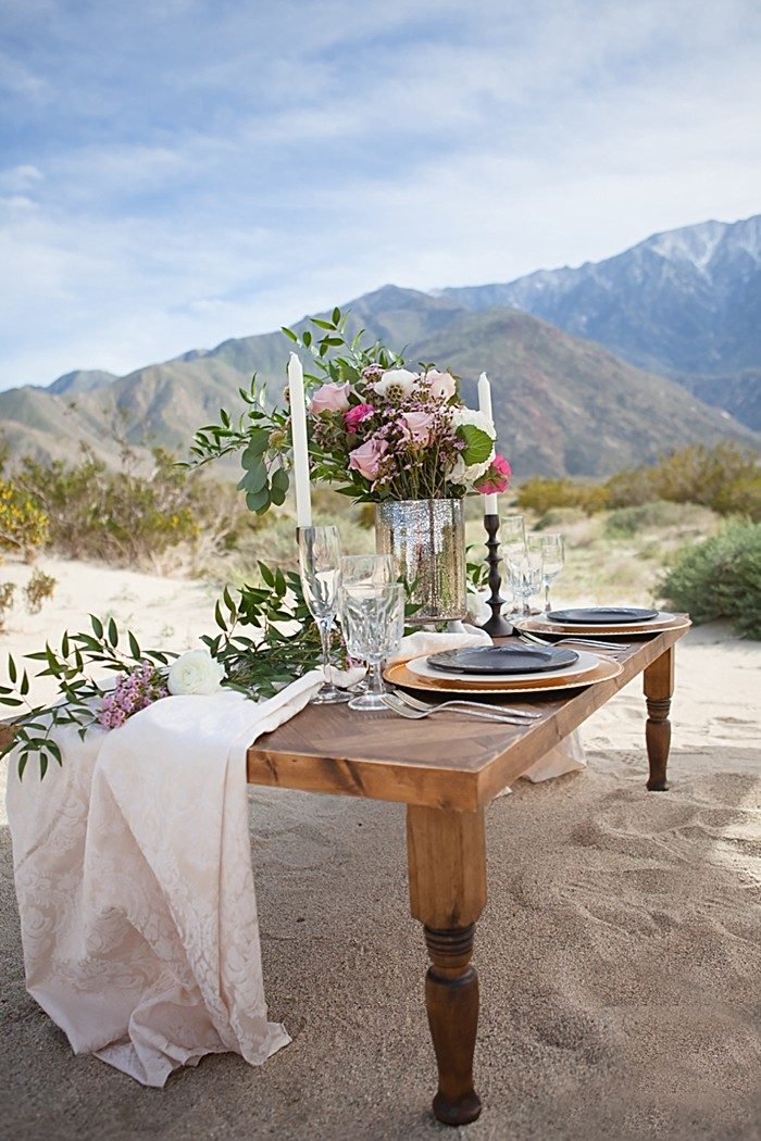 Palm Springs Bohemian Wedding Inspiration | Pines Photography | via MountainsideBride.com