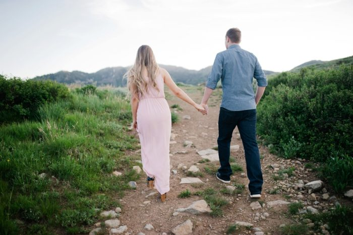 6 Utah Engagement With Pink Details | Amy Cloud Photography | Via MountainsideBride.com