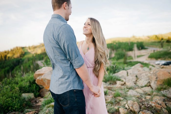 9 Utah Engagement With Pink Details | Amy Cloud Photography | Via MountainsideBride.com