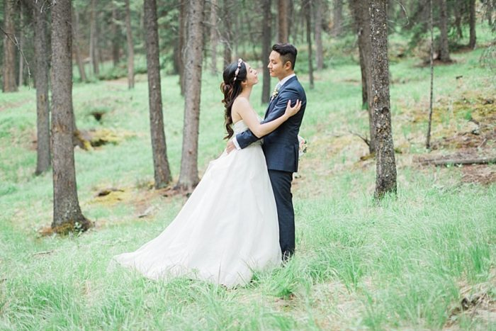 Romantic Banff Wedding | Nicole Sarah Photography | Via MountainsideBride.com
