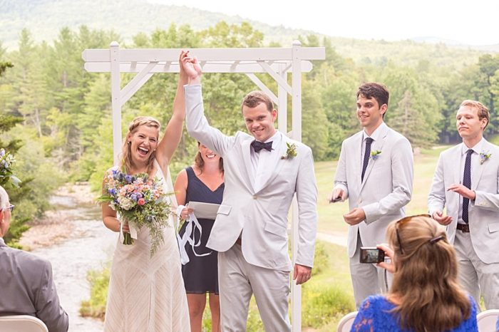 20 Eagle Mountain House New Hampshire Mountain Wedding | Anne Lee Photography | Via MountainsideBride.com
