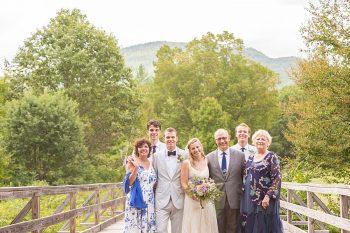 21 Eagle Mountain House New Hampshire Mountain Wedding | Anne Lee Photography | Via MountainsideBride.com