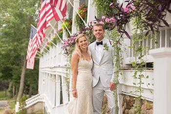 30 Eagle Mountain House New Hampshire Mountain Wedding | Anne Lee Photography | Via MountainsideBride.com
