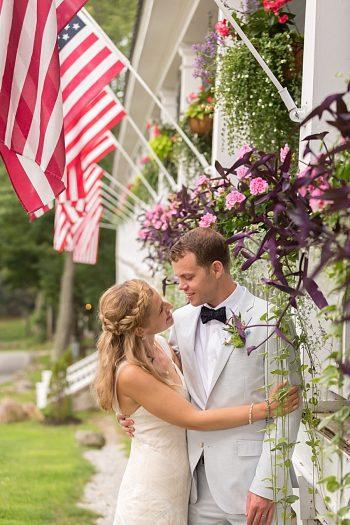 31 Eagle Mountain House New Hampshire Mountain Wedding | Anne Lee Photography | Via MountainsideBride.com
