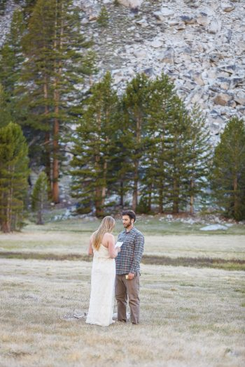 Yosemite Elopement | Getting Married In The Mountains | Bergreen Photography | Via MountainsideBride.com