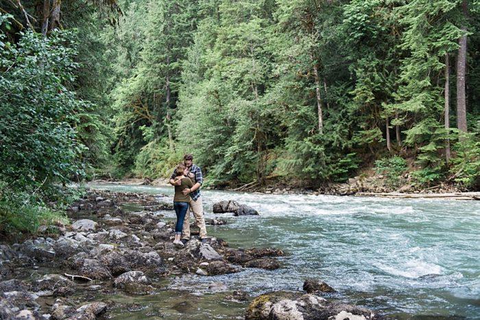 Washington State Vow Renewal | Jennifer Lourie Photography | Via MountainsideBride.com