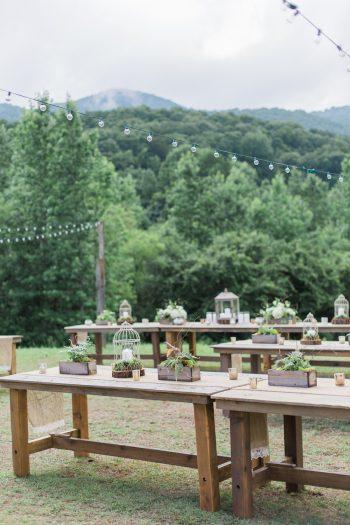 23a Mountain Laurel Farm Georgia | Lindsey LaRue Photography | Via MountainsideBride.com