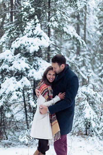 9b Calgary Winter Engagement | Nicole Sarah Photography | Via MountainsideBride Com