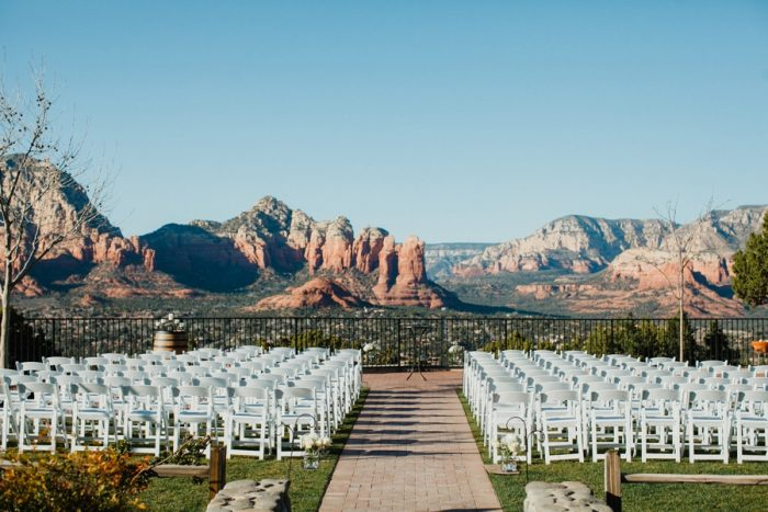 Sedona Mountain Wedding Jay Jess Photography | Via MountainsideBride.com