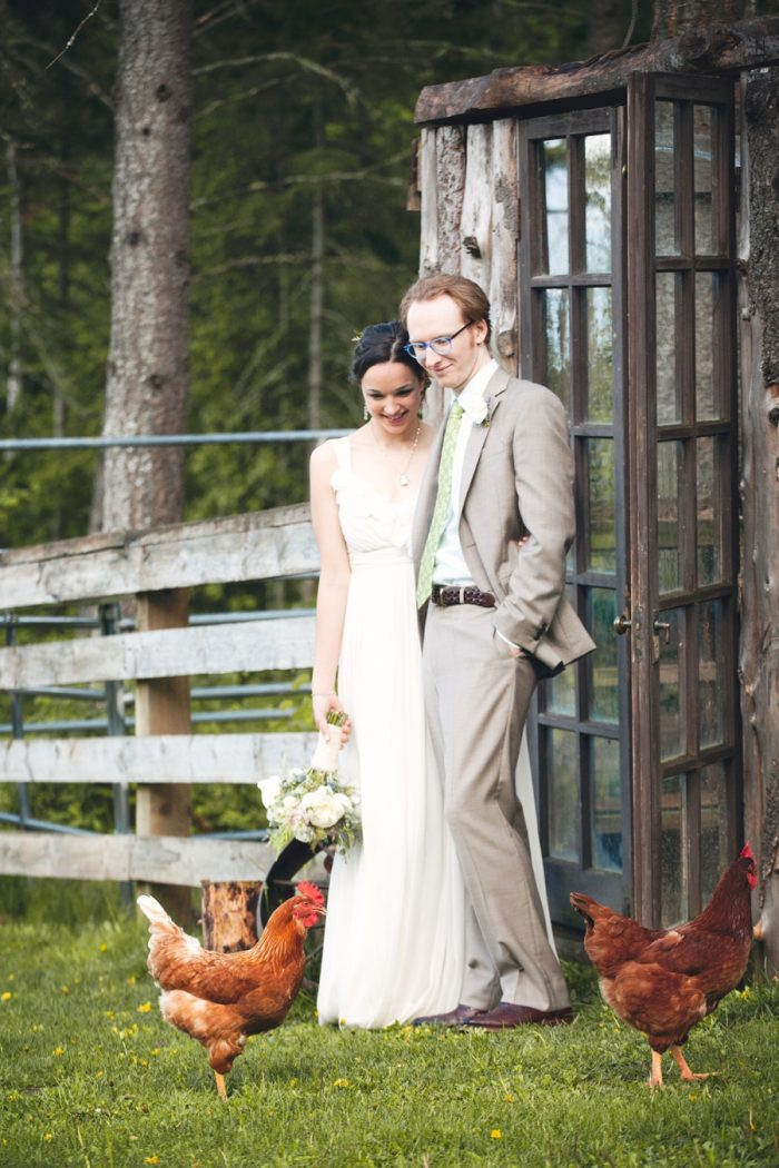 18 Farm Wedding Sandpoint Idaho Mountain Wedding Amy Galbraith Photography | Via MountainsideBride.com
