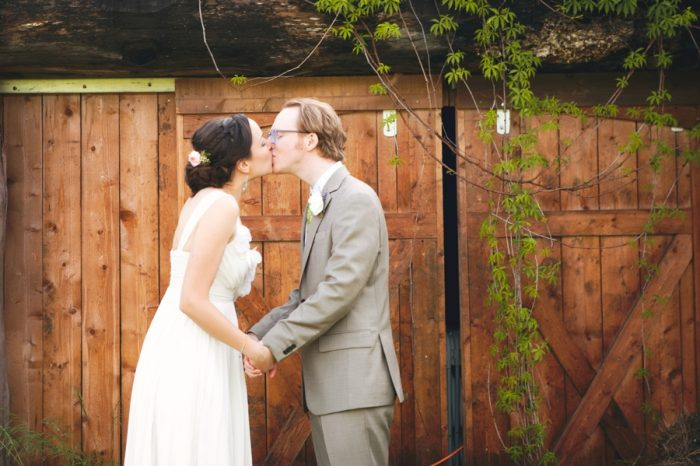 20 Sandpoint Idaho Mountain Wedding Amy Galbraith Photography | Via MountainsideBride.com