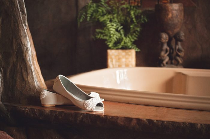 3 Flat Weddning Shoes Sandpoint Idaho Mountain Wedding Amy Galbraith Photography | Via MountainsideBride.com