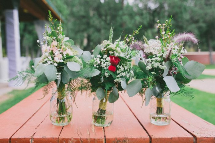 Rose Bouquet Payton Arizona Wedding Savanna Lauren Photography | Via MountainsideBride.com