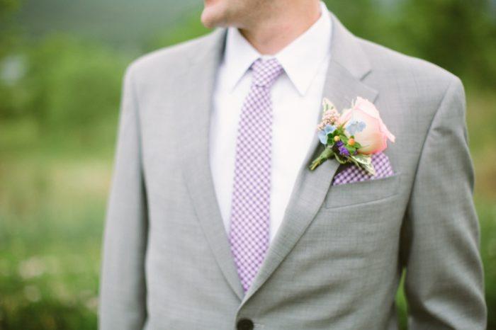 Purple Gingham Grooms Attire | Bald Eagle State Park Wedding | Caitlin Thomas Photography | Via MountainsideBride.com