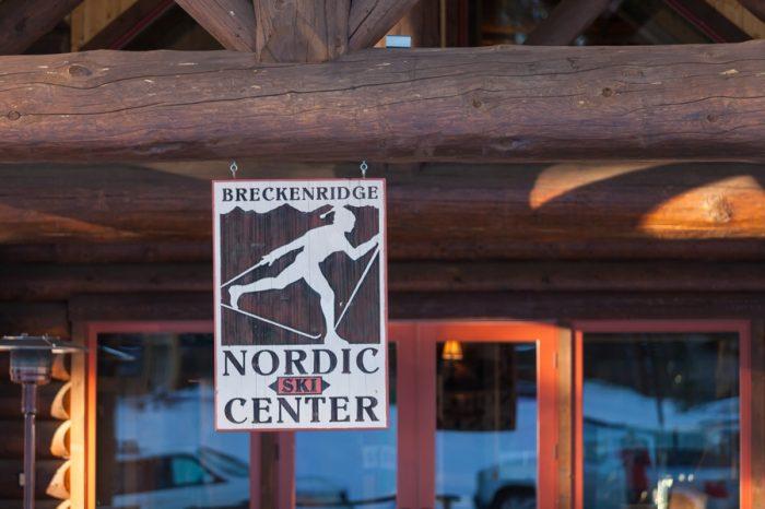 9 Breckenridge Nordic Wedding Inspiration Bergreen Photography | Via MountainsideBride.com