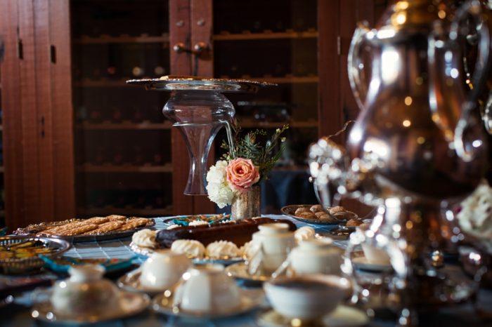 12 Lake Tahoe Wedding Inspiration With Russian Details | Via MountainsideBride.com